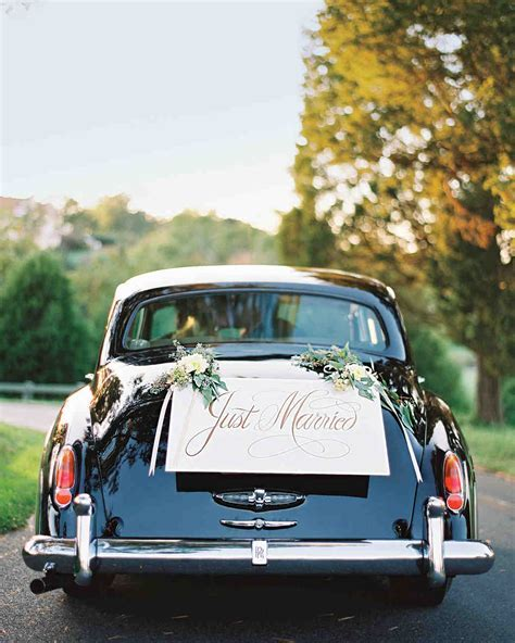 Wedding Décor: When to Customize and When to Refrain