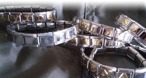 bracciali con lettere componibili espositore bracciali componibili zuffetti