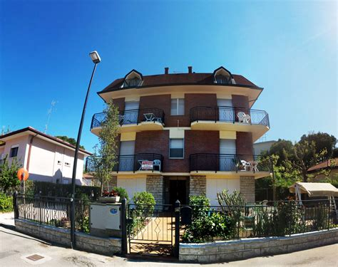 appartamenti in affitto cervia estate appartamenti vacanza pinarella di cervia ville foschi