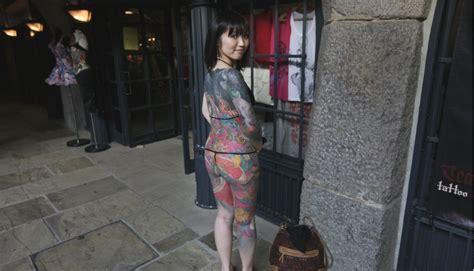 onsen mit tattoo immer mehr japanische badeh 228 user erm 246 glichen t 228 towierten