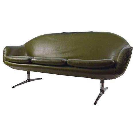 overman sofa overman settee loveseat sofa needs reuphostery at 1stdibs