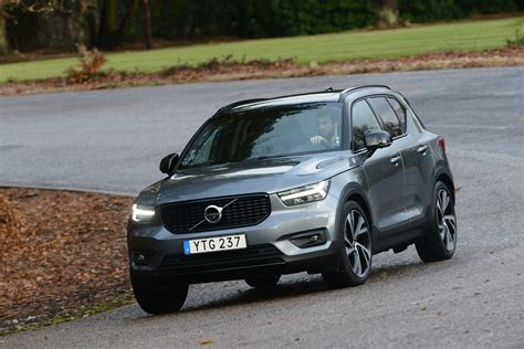 volvo xc review surprisingly capable compact suv  evo