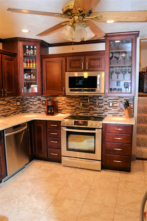 Kitchen Cabinet Remodel Cost by Cost Of New Kitchen Cabinets Home Design Mannahatta Us