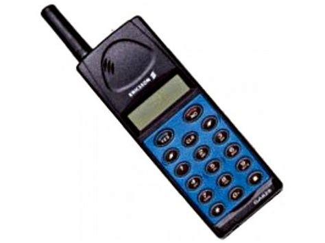 the most iconic retro mobile phones