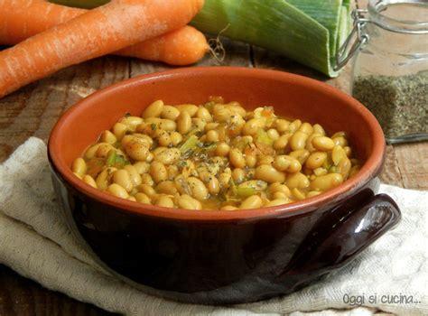 cucinare soia gialla zuppa speziata di soia gialla oggi si cucina