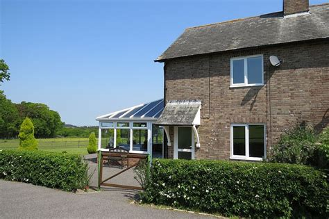 e156 cottage in isle of purbeck 8013112