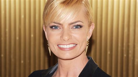 Pressly Gives Birth by Jaime Pressly Gives Birth To Boys Instyle