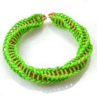 ideas  rubber band crafts  pinterest rubber band bracelet loom bands  rainbow