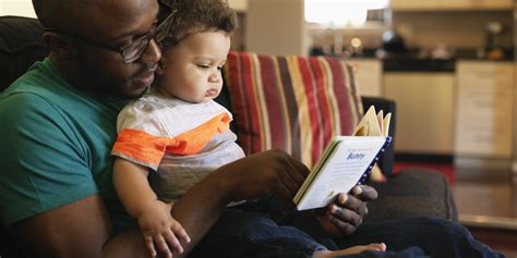 picture of children reading books pediatricians call for parents to read aloud to their