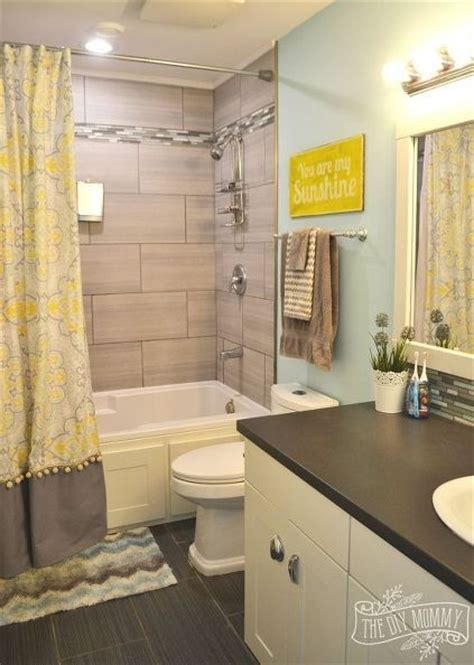 kids bathroom color ideas 25 best ideas about kid bathrooms on pinterest bathroom