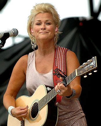 lorrie morgan pictures countrymusicperformers com 50 best country images on pinterest love me author and