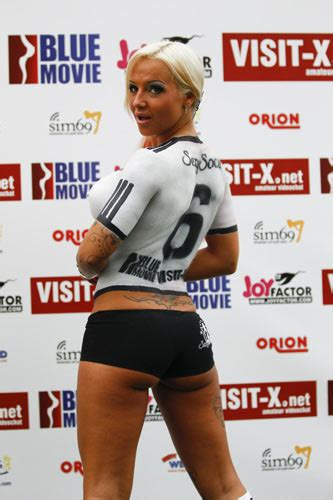 2010 World Cup Bodypaint Babes Germany Vs Australia | soccer babes in body painting to cheer for world cup