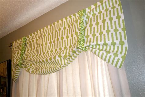 sewing a valance curtain at home with the hiestands the 29 by 30 project 4