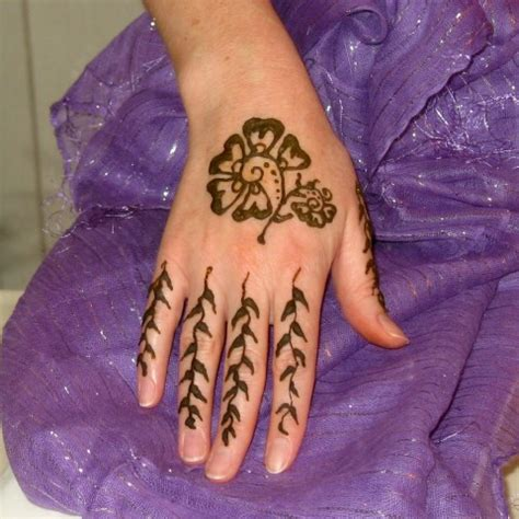 hire indigo moon henna events henna artist in san