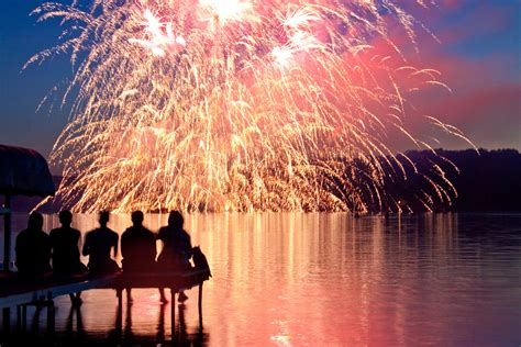 happiness is a firecracker sitting on my headboard the most amazing spots to watch fireworks this 4th of july