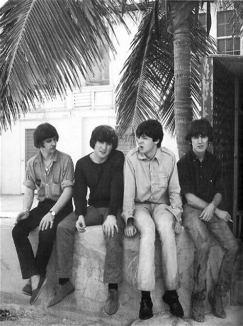 The Beatles Filming Help (Photo Gallery) – The Beatles