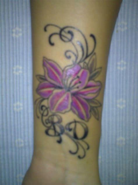 tattoo handgelenk handgelenk tattoo picture to pin on pinterest pinsdaddy