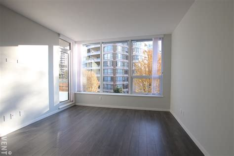 2 bedroom apartment burnaby aldynne on the park apartment rental 302 5883 barker ave