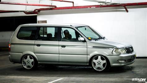 Lu Belakang Mobil Kijang Lgx gettinlow wahyu priyanto 2000 toyota kijang lgx