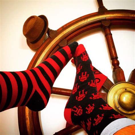 il paradiso dei calzini testo oggi 232 la giornata mondiale dei calzini spaiati partecipa