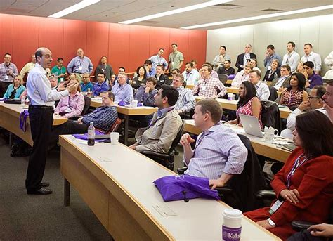 Northwestern Kellogg Executive Mba Cost by Kellogg School Of Management Northwestern