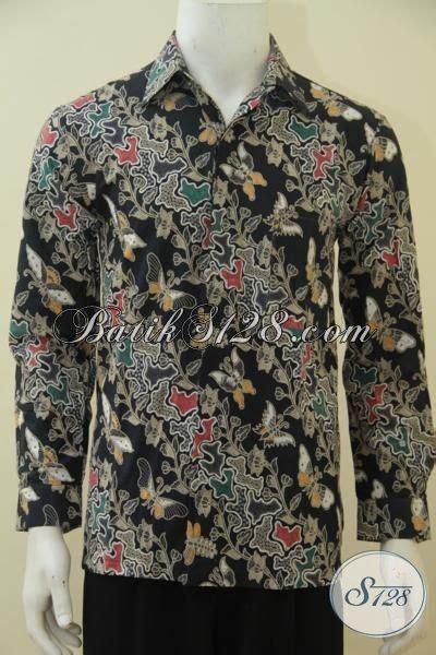 desain baju batik hitam baju batik bagus dasar hitam berpadu motif bunga kupu