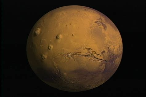 what gives mars its color svs flyover of mars valles marineris true color