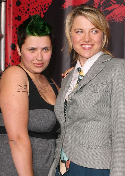 lucy lawless parents lucy and daisy lawless at 30 days of night premiere