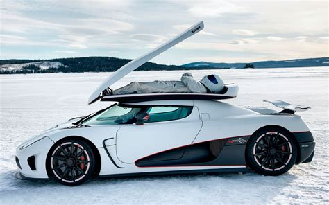 koenigsegg cc8s wallpaper wallpaper winter sports car koenigsegg agera r