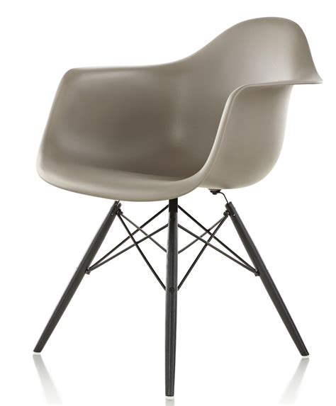 molded plastic armchair eames molded plastic armchair 28 images herman miller