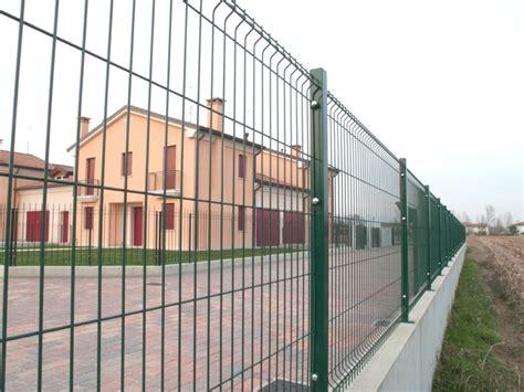 recinzioni giardino rete metallica recinzione recinzione in rete elettrosaldata modello grigliati