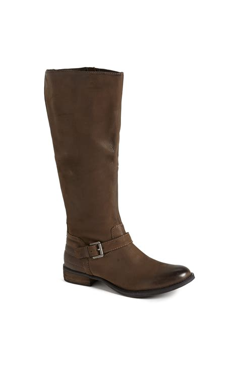 steve madden saretoga leather moto boot in brown taupe