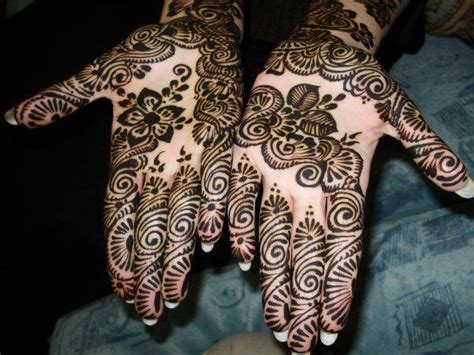 Best Mehndi Designs For Different Occasions: BANGLE STYLE