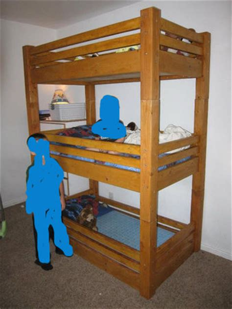 Bunk Bed With Crib On Bottom Is There Such A Thing As A Crib Bed Combo Bunk Babycenter
