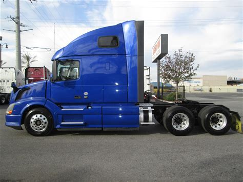 2013 volvo semi 2013 volvo vnl670 for sale used semi trucks arrow