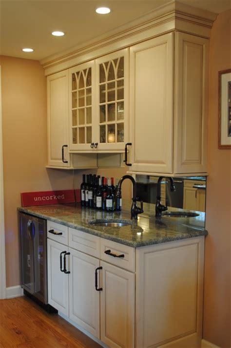 sterling kitchen cabinets kraftmaid maple biscotti cocoa traditional kitchen