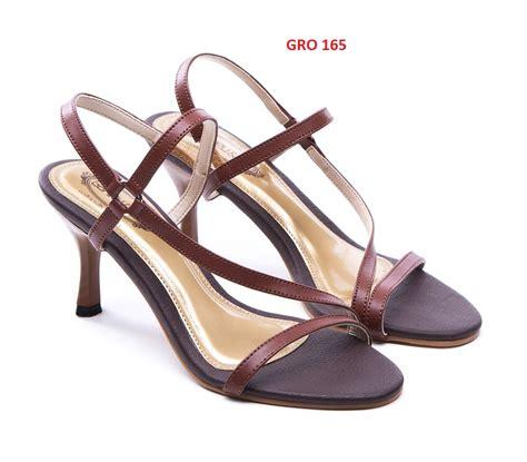 Sandal Heels Details Wanita cari model sandal wanita terbaru gudang fashion wanita