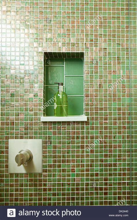 bagni verdi piastrelle verdi bagno stunning bagni piastrelle verdi