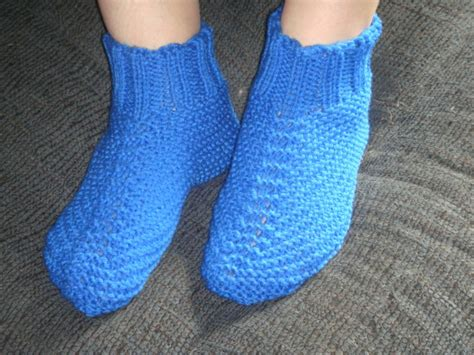 how to knit booties for adults free and easy knit bootie slipper pattern 3
