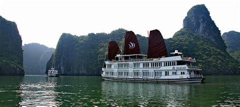 pelican junk boat halong bay halong bay pelican cruise deluxe cruise halong bay cruises