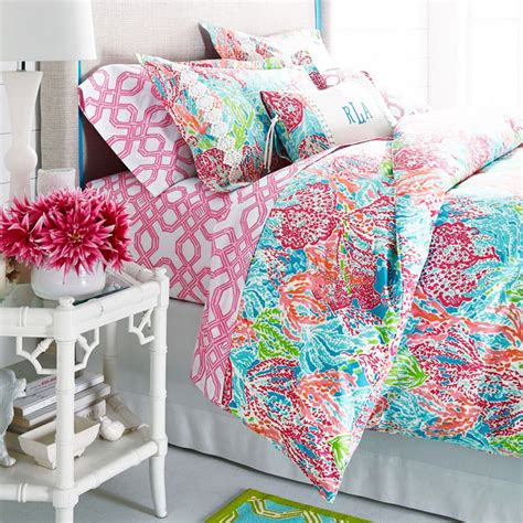 lilly pulitzer bedding dorm 25 best ideas about lily pulitzer bedding on pinterest