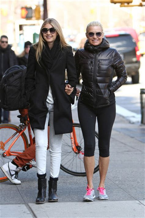 what jeans does yolanda foster wear yolanda foster leggings yolanda foster looks stylebistro