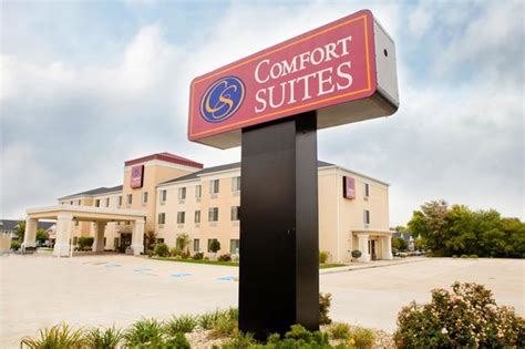 comfort inn normal il comfort suites updated 2017 prices hotel reviews