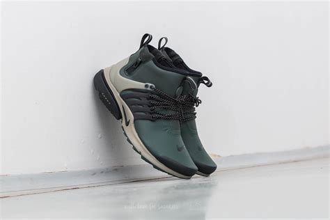 Sepatu Sneakers Nike Air Presto Gs Black Green Grade Original 39 44 nike air presto mid utility grove green black khaki footshop