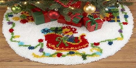 latch hook christmas tree skirt kits latch hook tree skirt kits crafters kingdom crafting with sylvestermouse