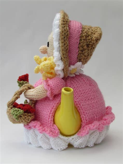 Christmas Tea Cosy Knitting Pattern Free