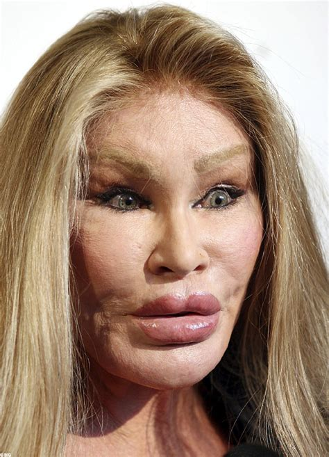 12 celebrities and their addictions jocelyn wildenstein