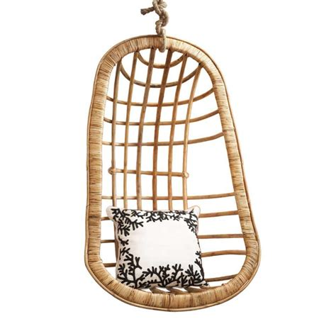 hanging rattan chair   driven  decor