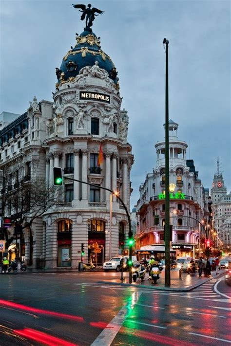 libro spain three cities 17 best images about barrios de madrid on posts barcelona and la latina