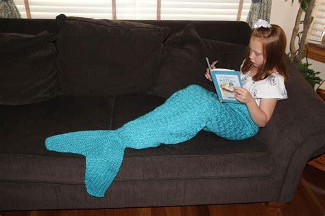 Knitting Pattern Mermaid Blanket | mermaid tail lapghan blanket knitting pattern for children